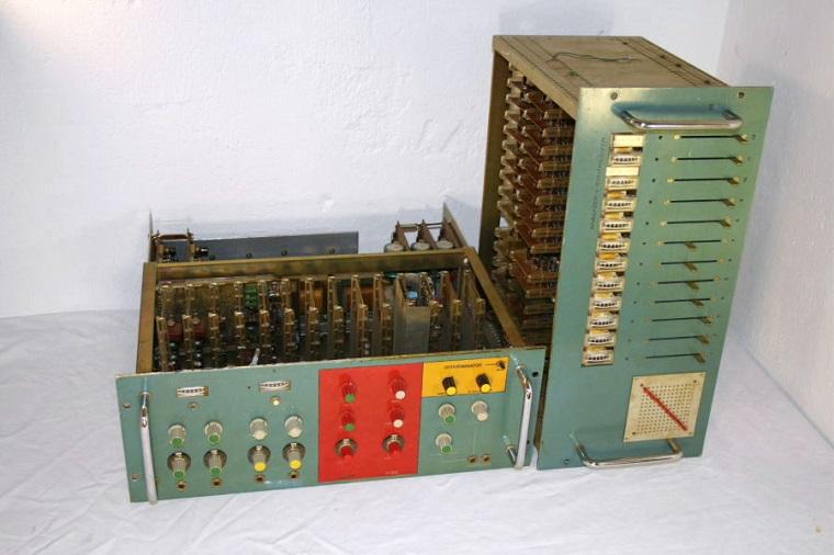 Vocoder używany przez zespół Kraftwerk m.in. do nagrania płyty Ralf und Florian