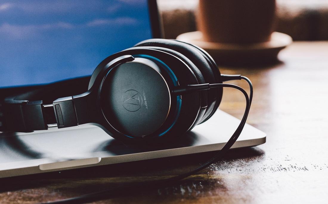 Słuchawki nauszne Audio-Technica ATH-MSR7b