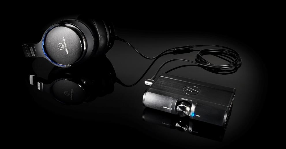 Słuchawki Audio-Technica MSR7NC z wzmacniaczem słuchawkowym Audio-Technica PHA100