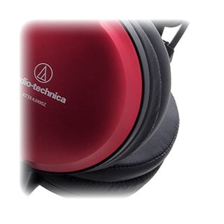 Specjalny kształt nauszników ATH1000Z dla jeszcze lepszej izolacji akustycznej.