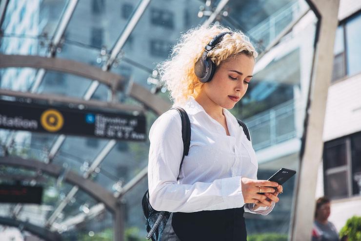 Stylowe i nowoczesne. Poznaj Audio-Technica ATH-AR5BT