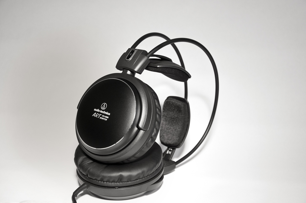 Audio-Technica ATH-A900X lifestyle picture
