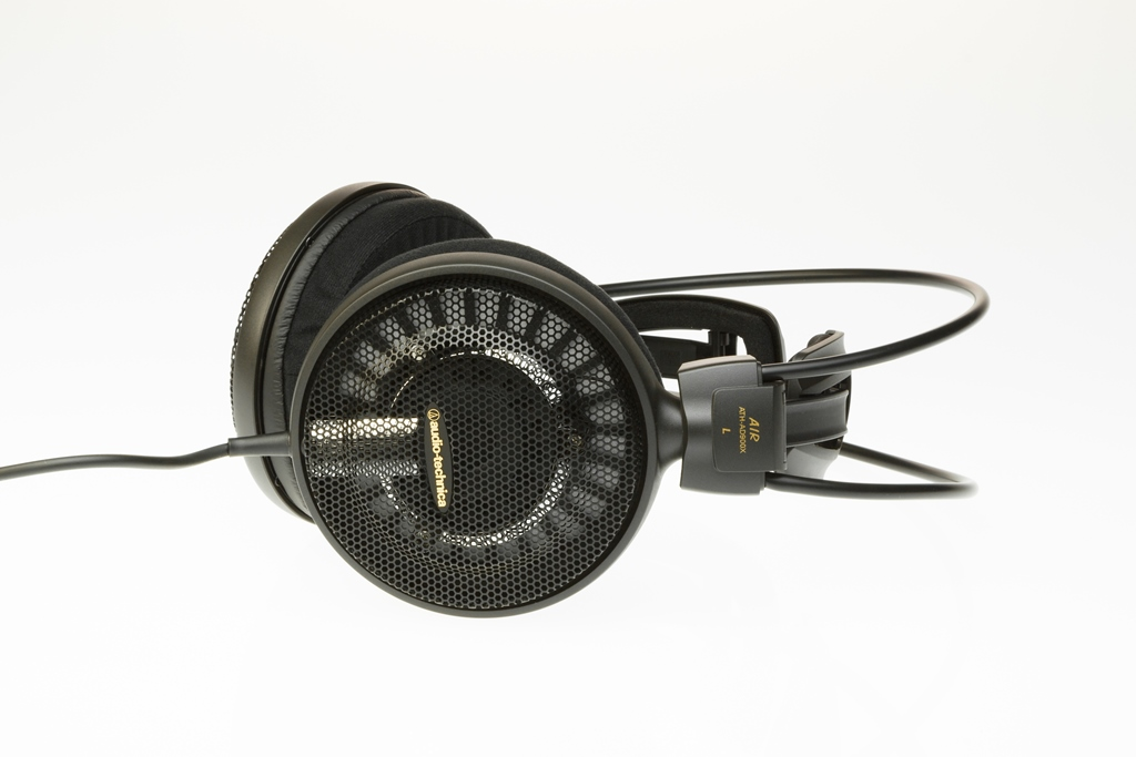 Audio-Technica ATH-AD900X lifestyle