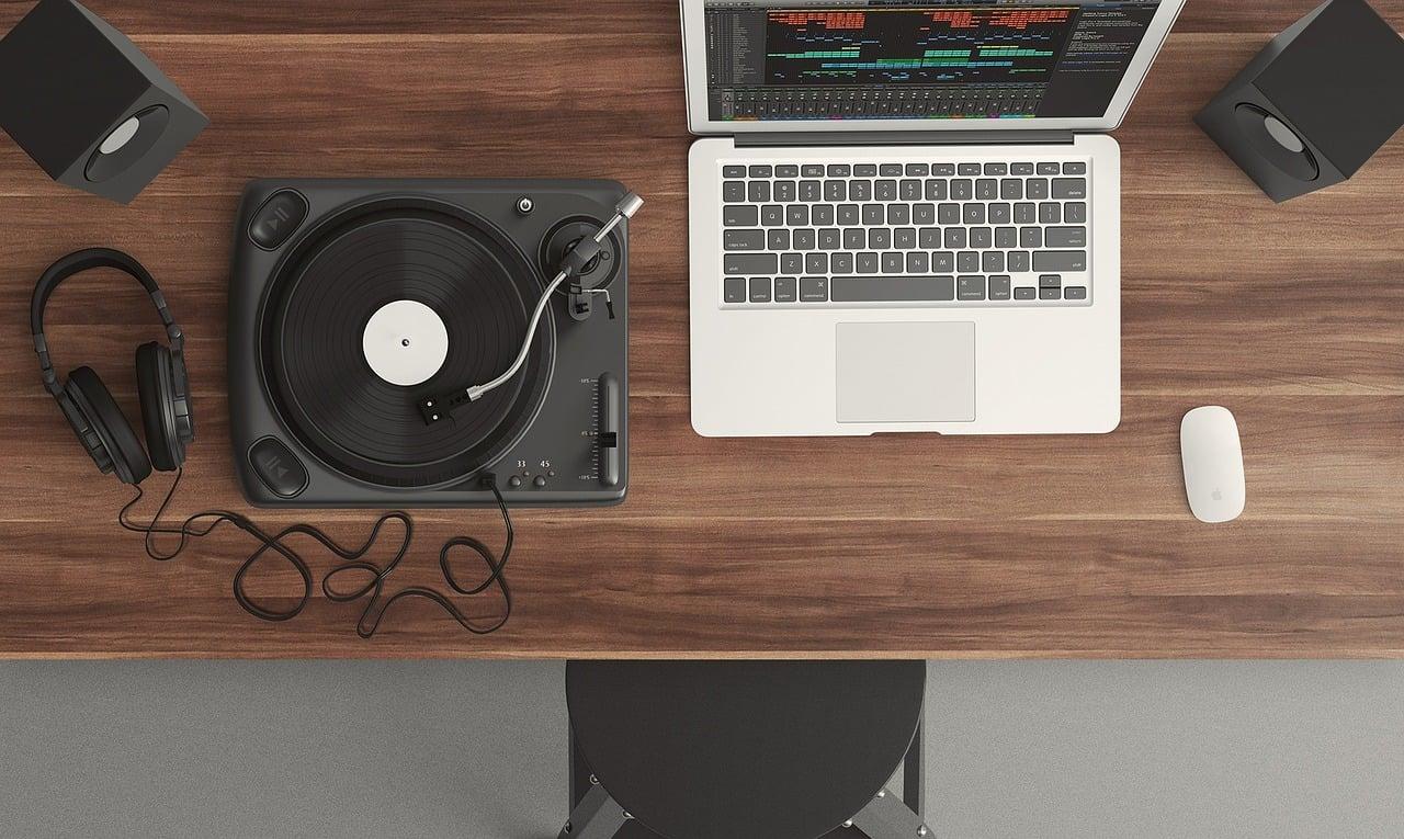 Komputer i gramofon