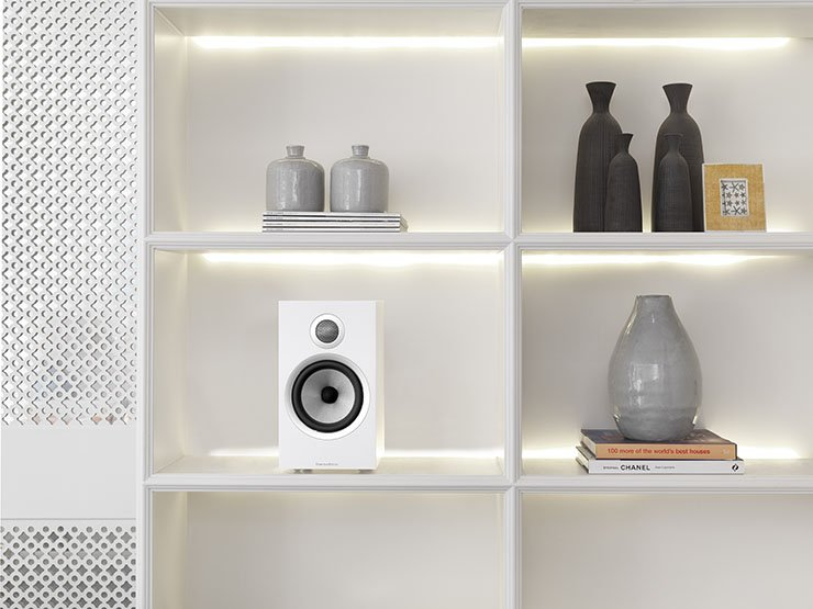 Bowers & Wilkins 706 S2 Lifestyle
