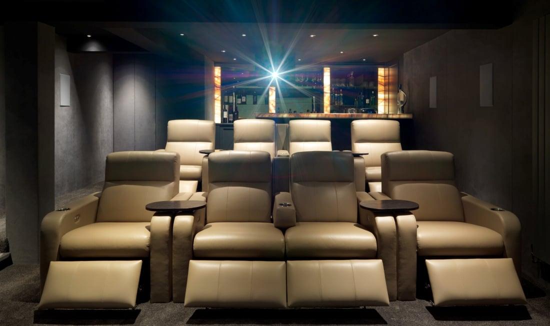 kino domowe głośniki Bowers & Wilkins CWM8.5