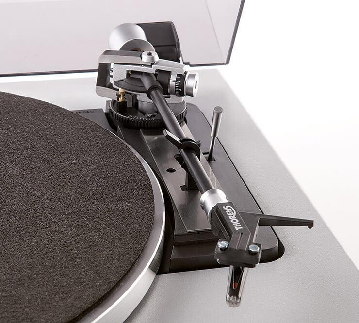 Gramofon Thorens TD 240-2