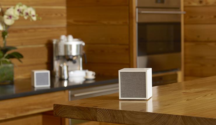 Tivoli Audio Cube Lifestyle 2