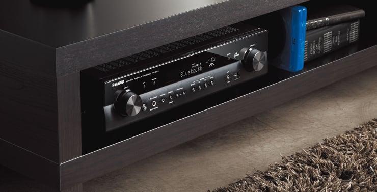 Amplituner AV typu slim z system MusicCast Yamaha RX-S601