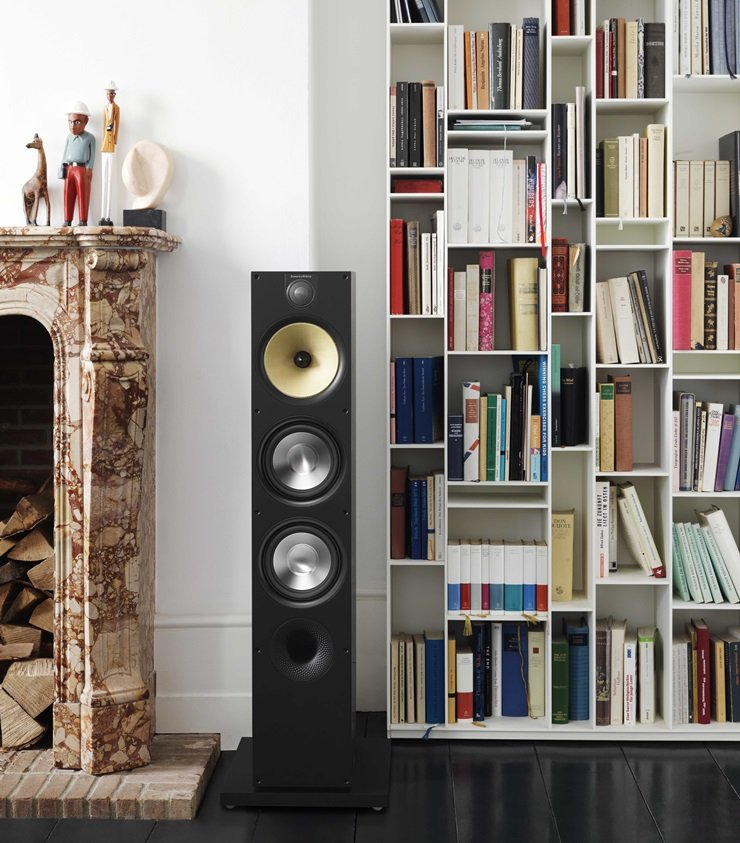 BowersWilkins-Black-683-bookshelf