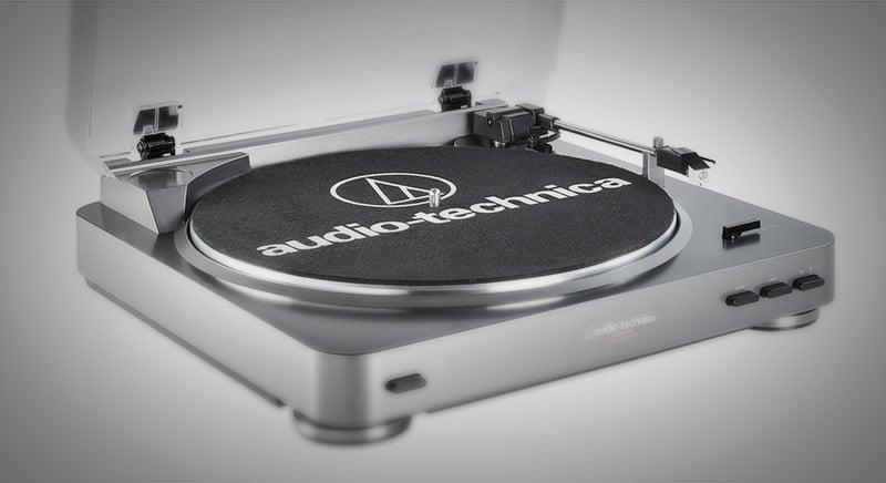 Nowoczesne-gramofony-wyposazone-w-usb-audio-technica-at_lp60_usb_1_sq