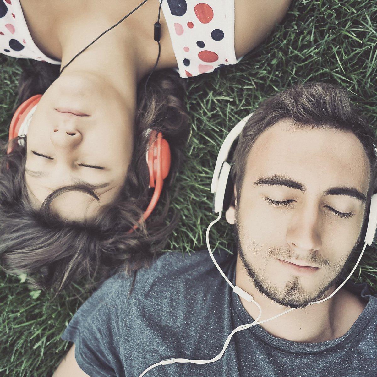 Słuchają se zakochani